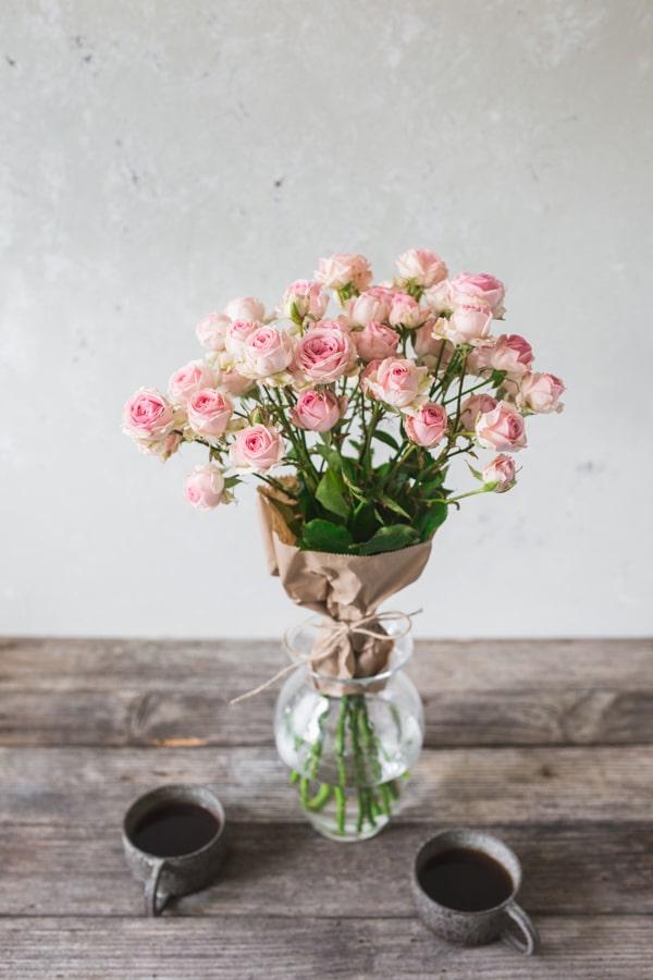 roze-za-materinski-dan-1