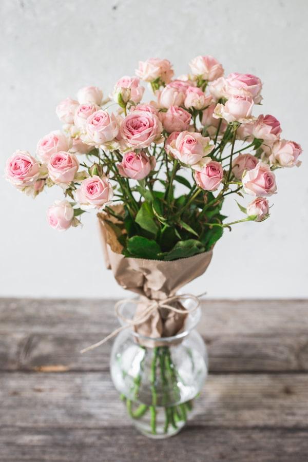 roze-za-materinski-dan